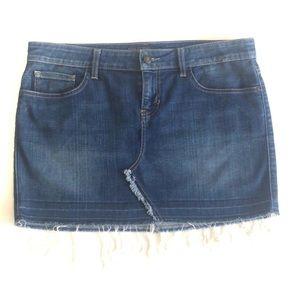 Guess Distressed Denim Mini Skirt Size 30
